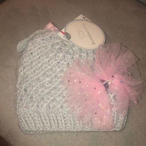 NWT baby knit beanie & mittens with bow
